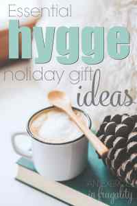 Hygge Holiday Gift Ideas- Whether you're looking for gifts for an introvert, or just someone who like self-care and relaxation, these hygge gift ideas are perfect for the cozy vibe everyone loves this winter. Perfect for the minimalist and anyone who loves simple gifts.