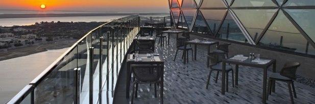 Hyatt-Capital-Gate-Abu-Dhabi-18-Degrees-Terrace