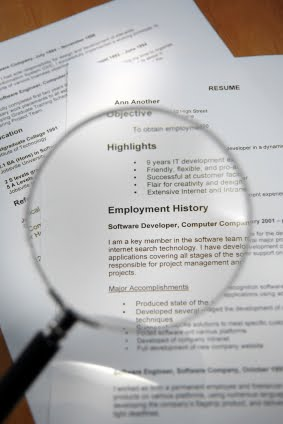 Copying a Professional Resume? Watch Out For These Pitfalls