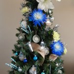 How To Make Your Christmas Tree Elegant With Fresh Flowers An Extraordinary Day