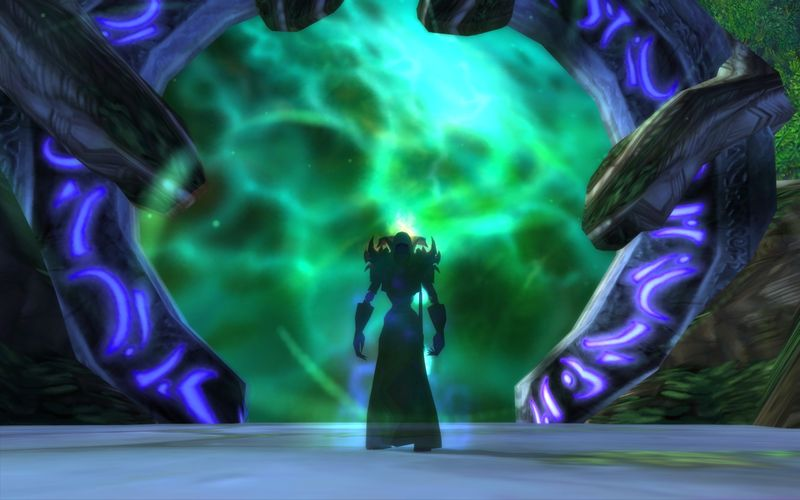 shadow priest at a portal into the Emerald Nightmare