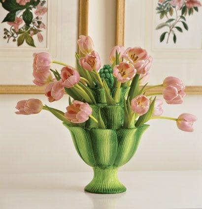 Green artichoke tulipiere vase