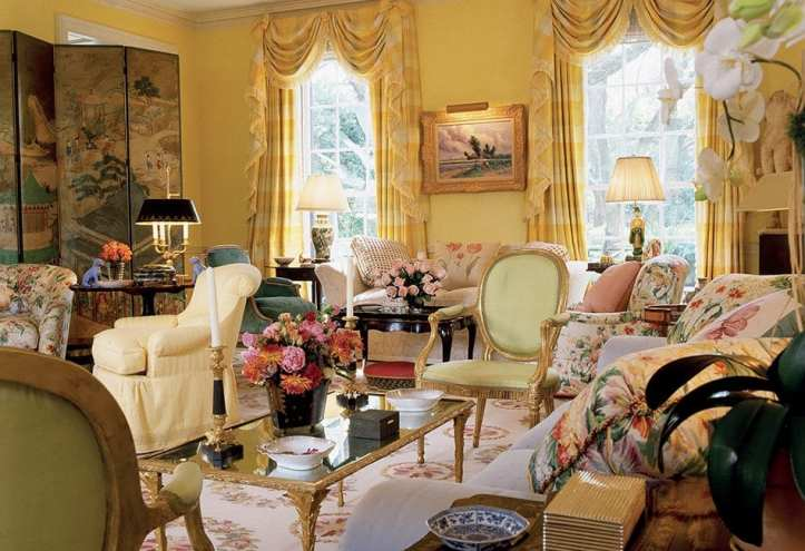 Mario Buatta living room