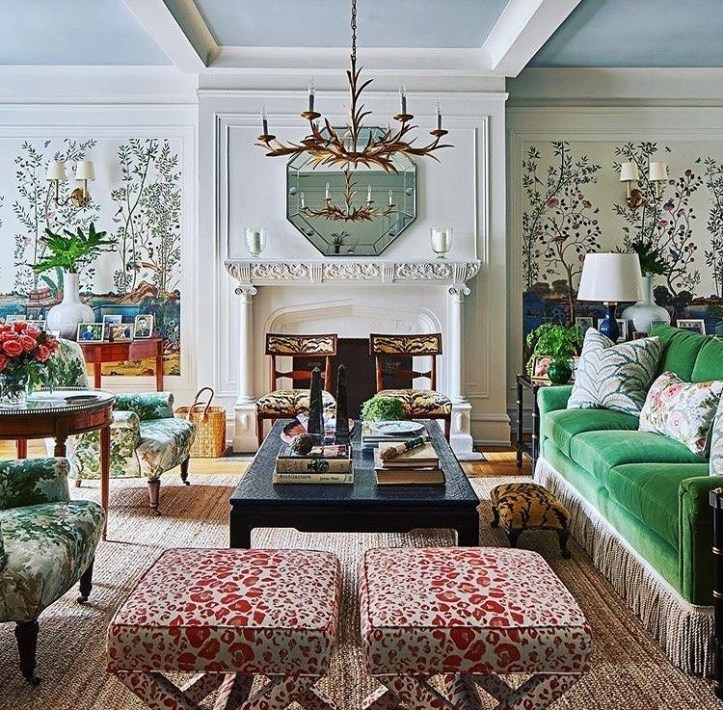 Bunny Williams living room with complementary colors