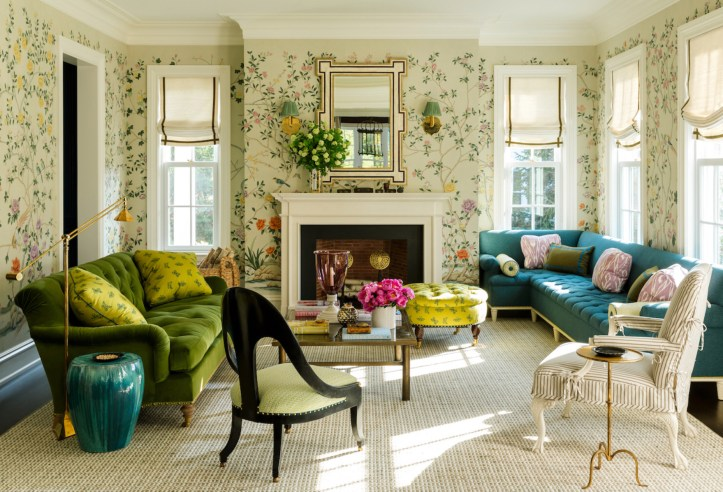 Colorful living room with floral chinoiserie wallpaper