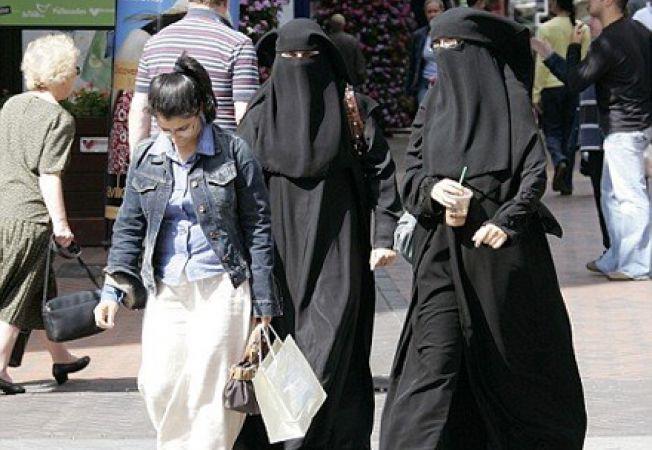Cauta i o singura femeie musulmana