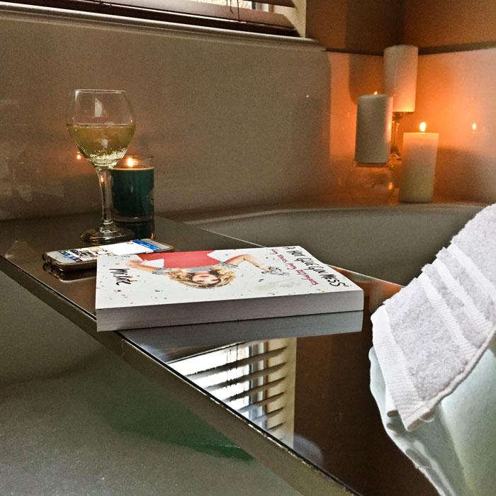 Home Decor How To: DIY Bath Table | Home DIY | Home Decor on a Budget | Bathroom Decor