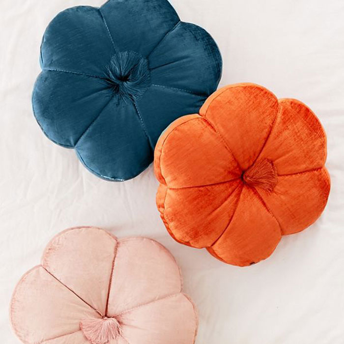 throw-pillows