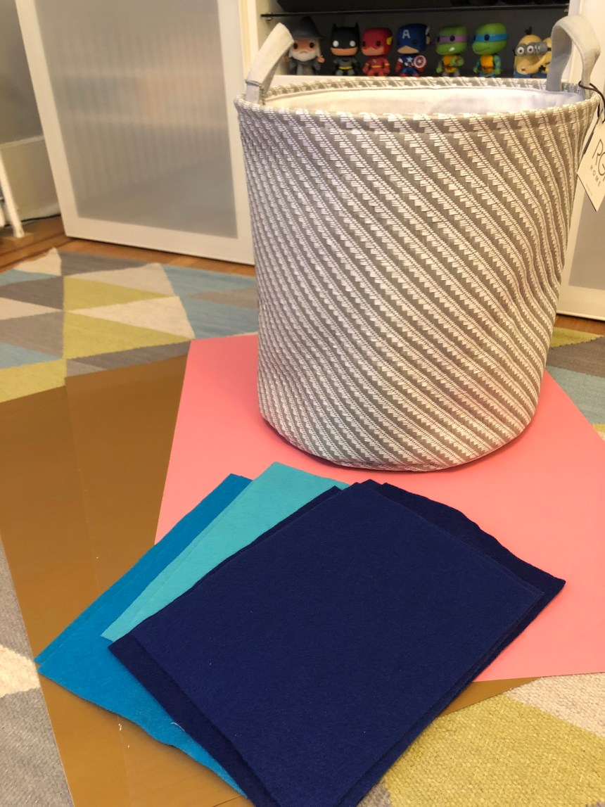 diy la croix costume supplies - basket, and felt