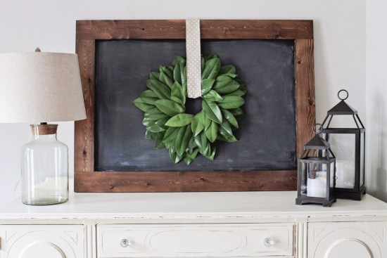 How to make a magnolia wreath DIY