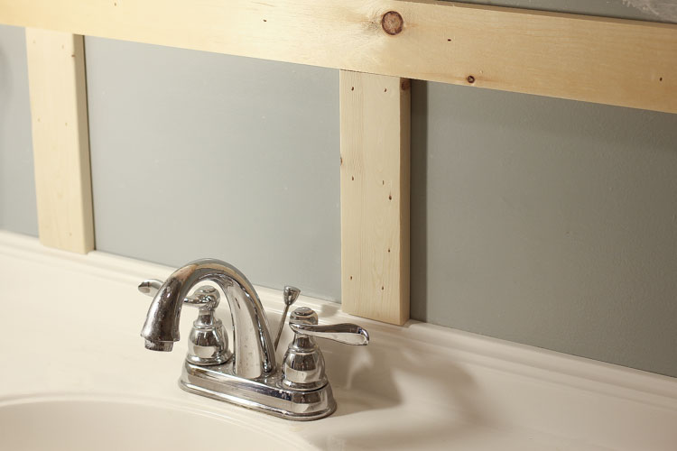 board and batten bathroom diy angela marie made. Black Bedroom Furniture Sets. Home Design Ideas