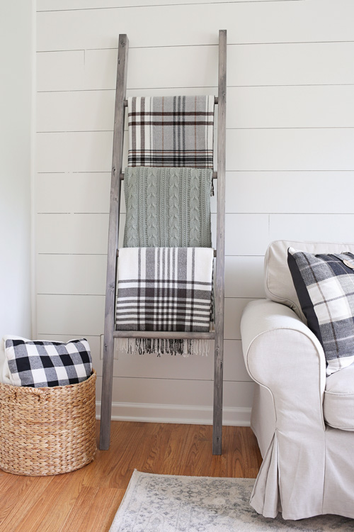 Easy DIY Blanket Ladder