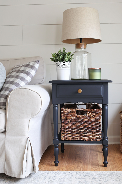 Side Table Makeover with Black Paint