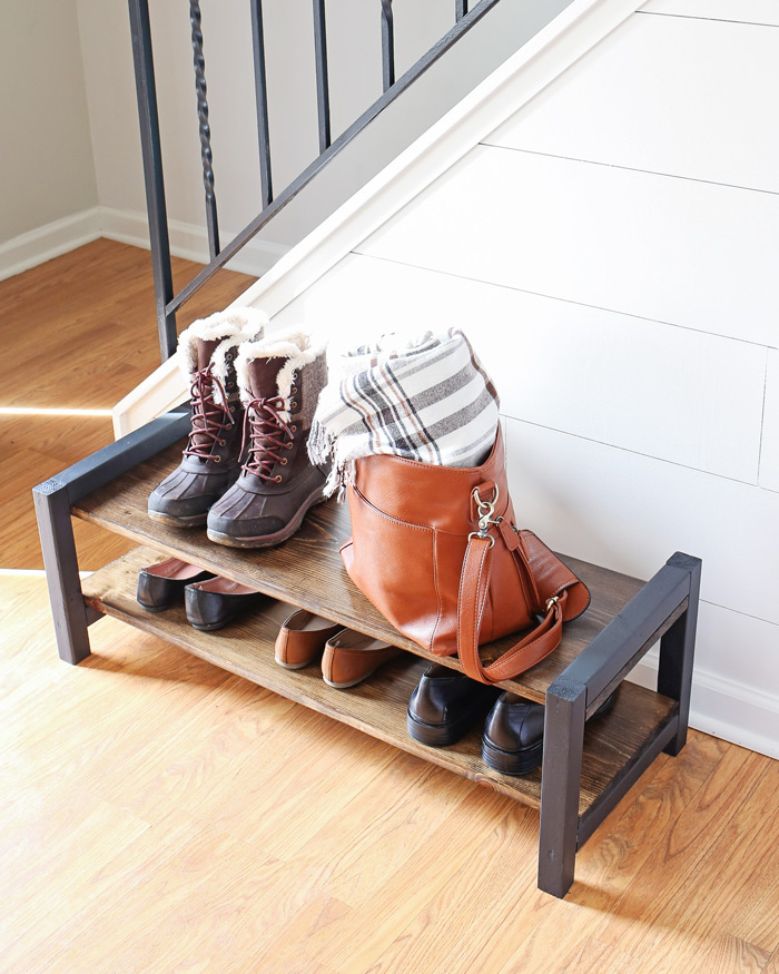 Captivating Entryway DIY Shoe Rack