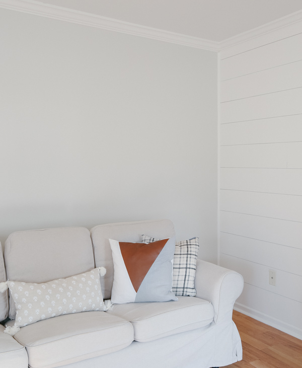 living room wall painted Classic grey by Benjamin Moore