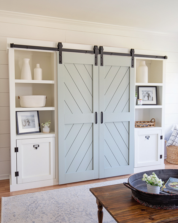 DIY double barn doors for a barn door entertainment center DIY