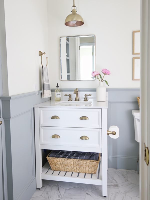 small bathroom makeover with boothbay gray benjamin moore wainscoting