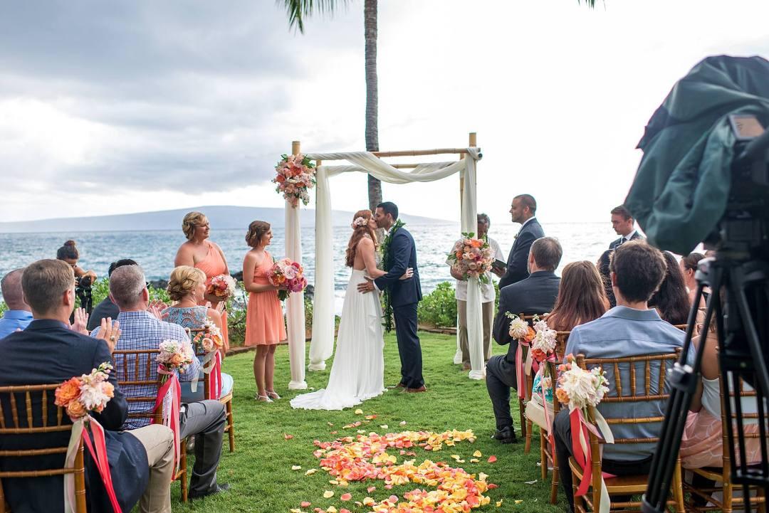 gorgeous-maui-wedding-at-sugarmans-estate_0030