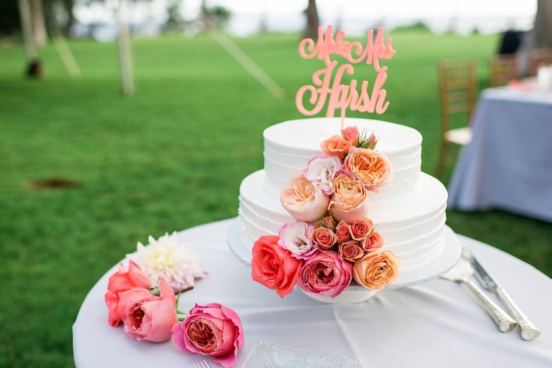 coral and pink wedding cake inspiration