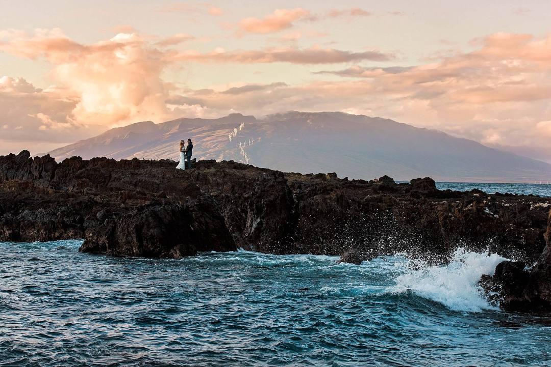 kukahiko estate wedding in Maui, hawaii