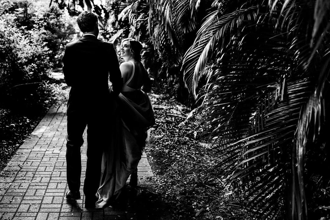 Sweet Beach Elopement in Maui, Hawaii - Maui wedding photographer_0007