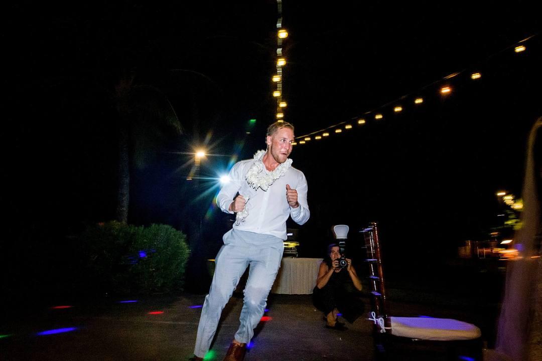 garter toss at ritz carlton kapalua