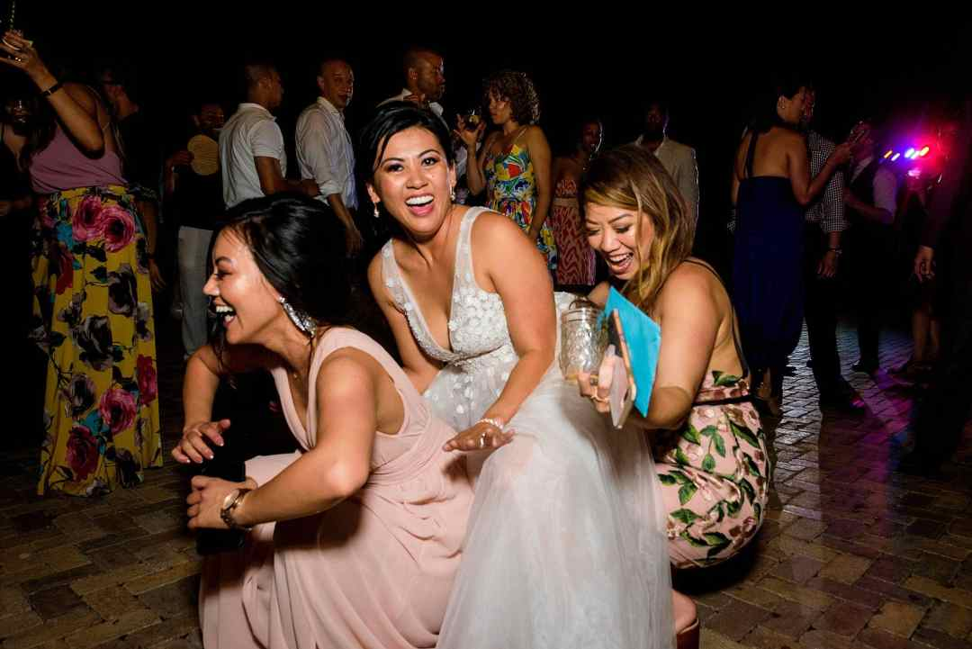 bride dancing at reception at olowalu plantation house