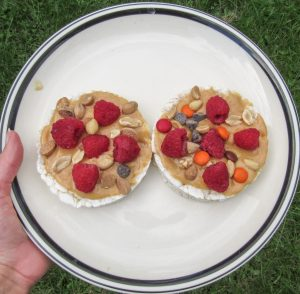 Peanut Butter Raspberry Rice Cakes Image