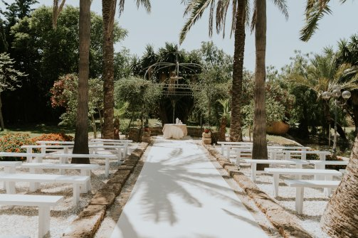 Villa Wedding Aisle