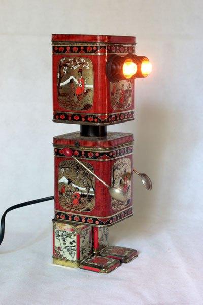 Asithe1. Boites à thé lumineuses robot. Détournement de boites, recyclage d'emballages,