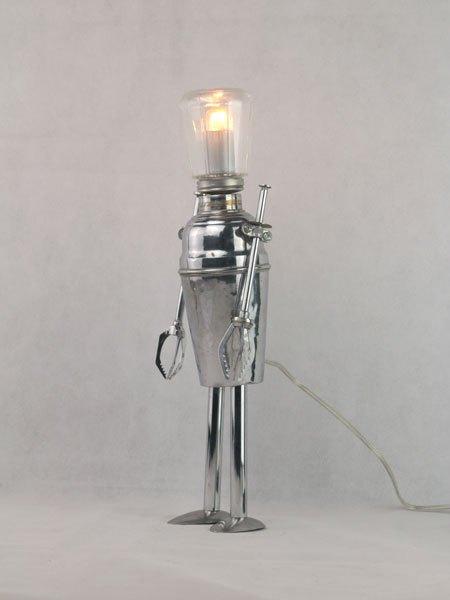 Grancker. Robot lumineux shaker et sucrier. Détournement d'objets du quotidien.
