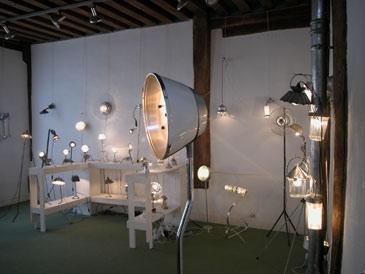 exposition lumineux détournements d'objets Maison des Arts de Conches