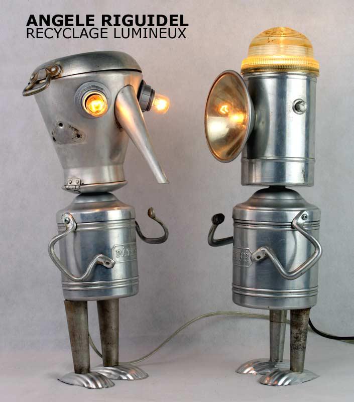 Sculpture assemblage objet détournés, robots en aluminium.