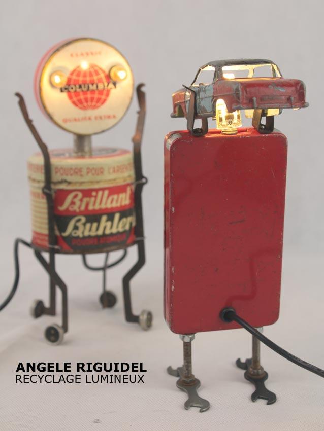 Sculpture assemblage objet détournés, jouets, boites anciennes