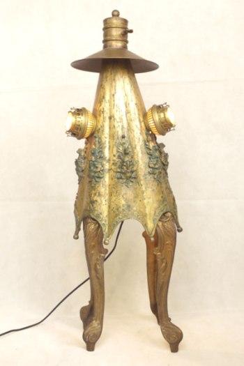 Sculpture Poupe assemblage d'objets en laiton