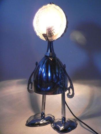 Recyclage lumineux coupes de sport, couvercle bonbonnière, plats de présentation en forme de feuille.