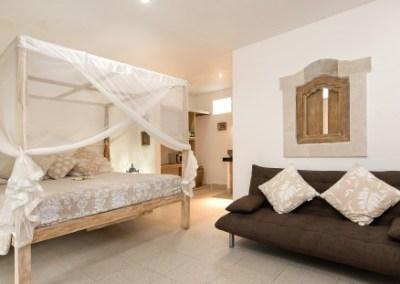 Sandat room