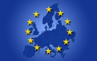 Drapeau sur carte d'Europe