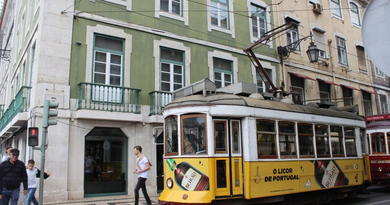 20 Photos To Inspire You to Visit Lisbon, Portugal