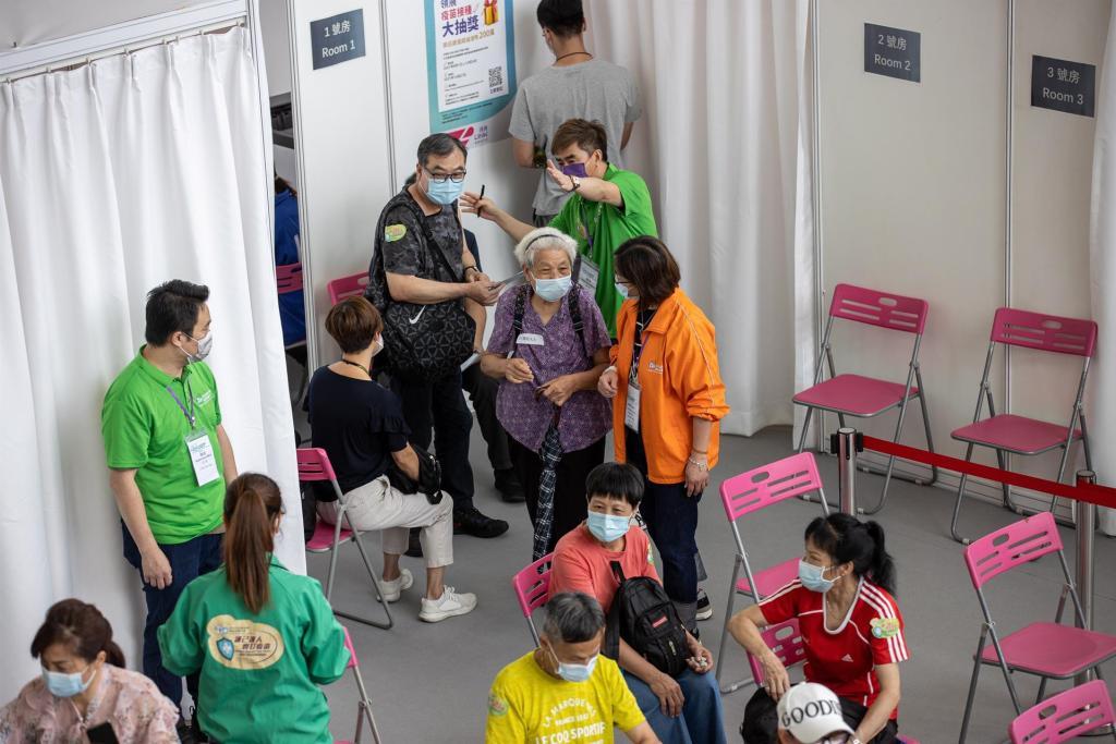 China diagnostica 28 nuevos positivos, todos ellos procedentes del extranjero