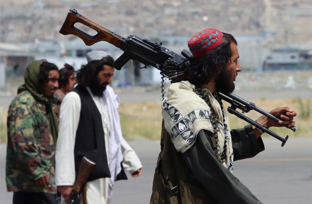 Los talibanes recrudecen la ofensiva en el último reducto opositor afgano