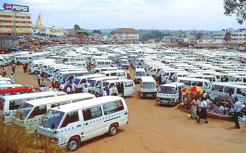 uganda_kampala_bus_station