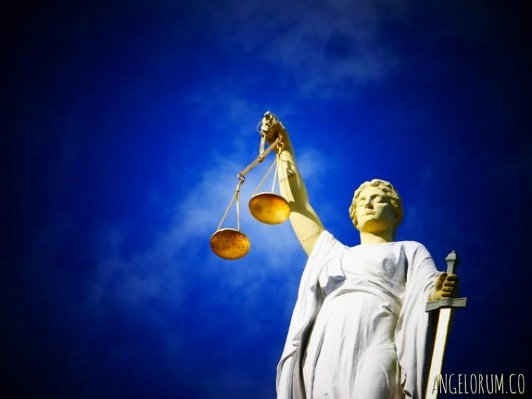 legal tarot readings