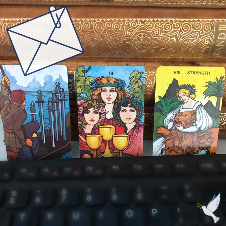 Top 5 Reasons Why You Should Get Your First Tarot Reading Via Email