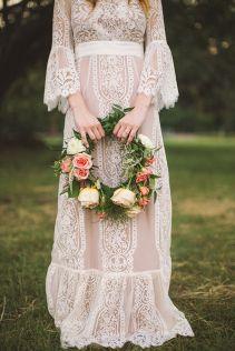 abito da sposa contemporaneo ispirazione anni '70