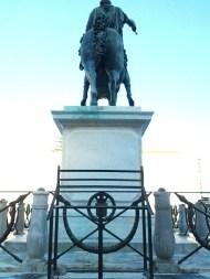 statue_plebiscito_leggio_1