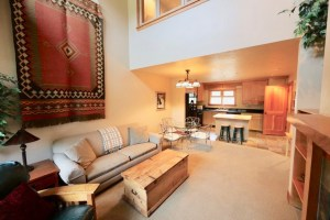 Great location on Deer Valley Drive/Greyhawk Townhouse community. 2 bed/2.5 bath.  12 month lease.