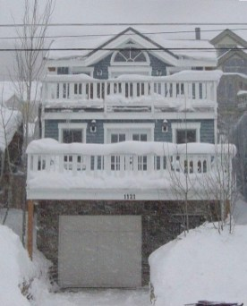 Front of home snowcovered