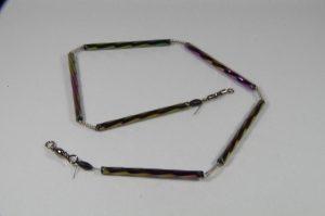 Trout-Flash LILA IRISIREND Reflex-Glas-Feder-Kette