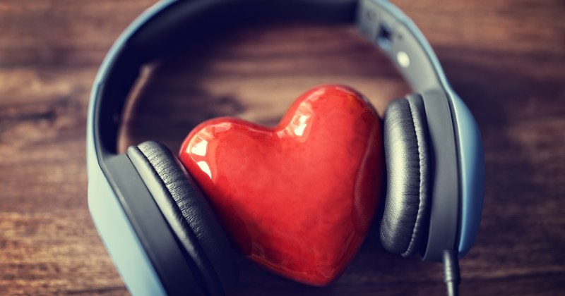 top 20 love songs for Valentine's Day, by Angels Music DJs, MCs and Photo Booth services in Los Angeles